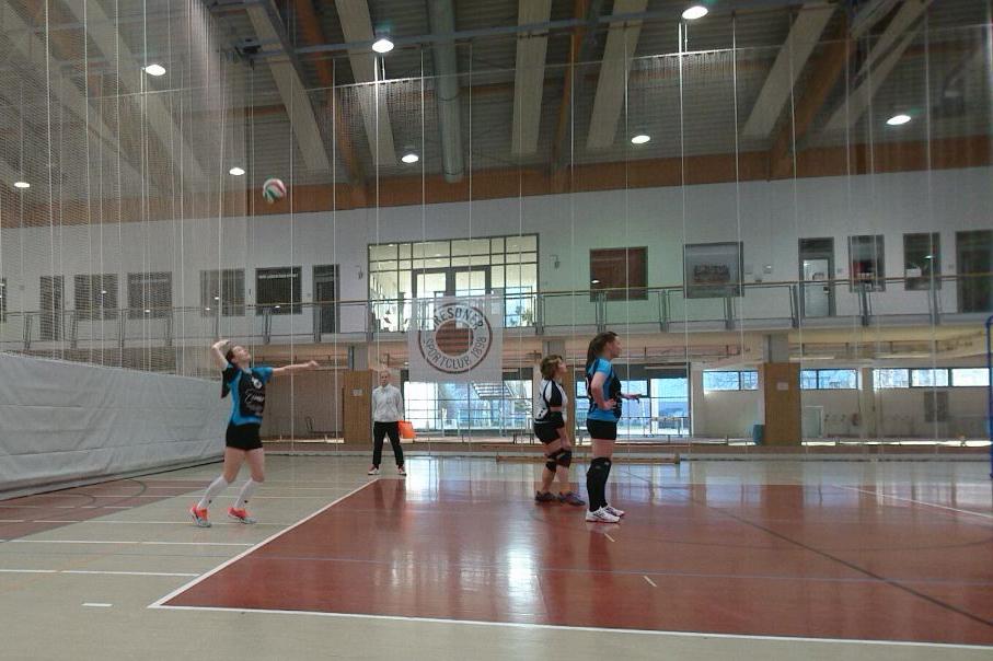 Stolpener Volleyball-Damen am 1. Advent